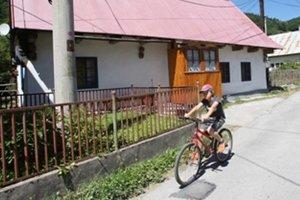 Cesty môžu byť nebezpečné najmä pre malých cyklistov