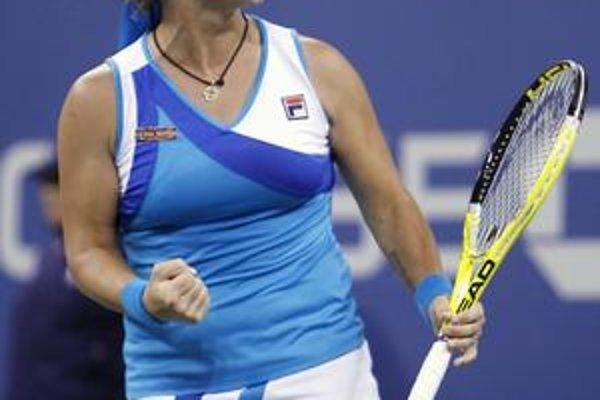 Svetlana Kuznecovová vybojovala v kariére 13 turnajových titulov, z toho dva grandslamové. S Cibulkovou má aktívnu zápasovú bilanciu 3:1.