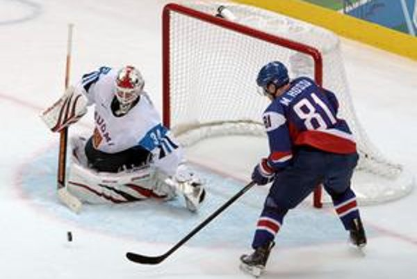 Marián Hossa síce strelil v zápase s Fínmi gól, ale ten nakoniec na bronz nestačil.