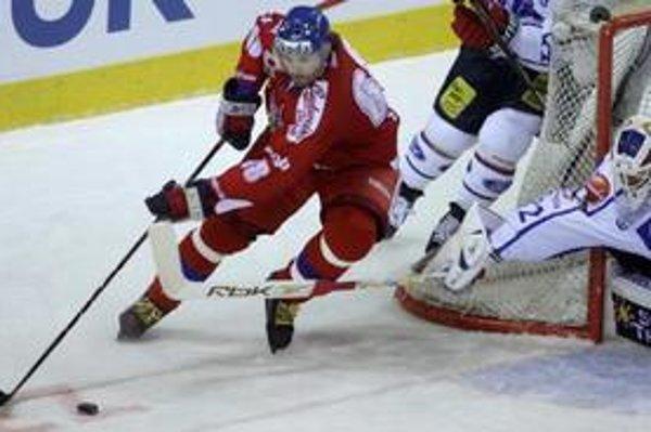 V zápase Omsku s Čechovom sa pobila aj legenda českého hokeja Jaromír Jágr.