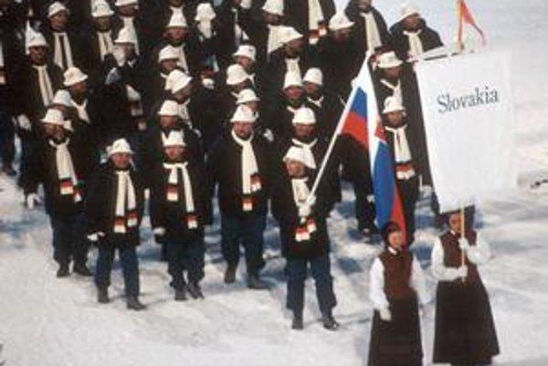 Vlajkonosičom slovenskej výpravy v Lillehammeri 1994 bol Peter Šťastný.