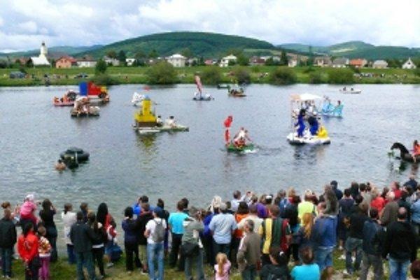 Plavbu absolvovalo tento rok rekordných devätnásť plavidiel.