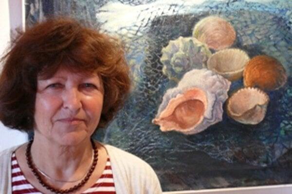 Drahoslava Burďáková vystavuje v Katovom dome.