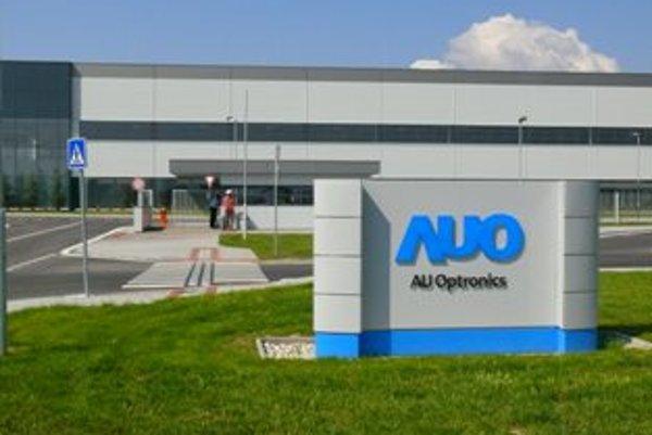 S náborom začala firma AU Optronics ešte vlani v októbri.