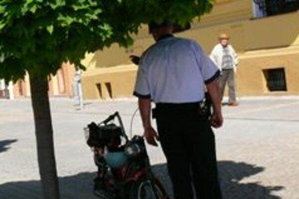 Obce majú záujem o služby mestských policajtov.