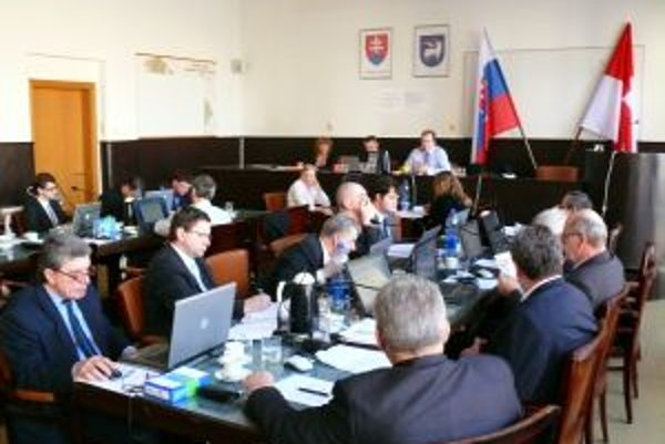 Trenčianski poslanci rokovali vo štvrtok 10. februára.