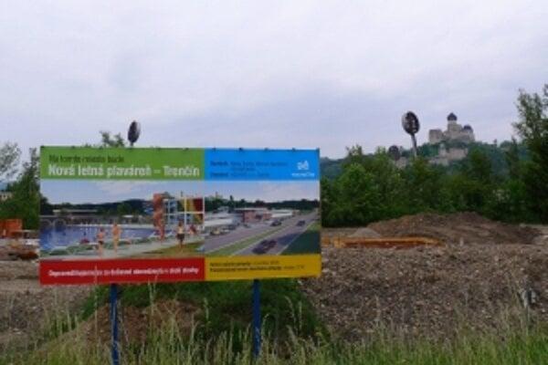 Stavba novej plavárni na Ostrove už začala na jeseň minulého roka.