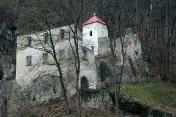 Na Skalke pri Trenčíne bude penzión pre pútnikov