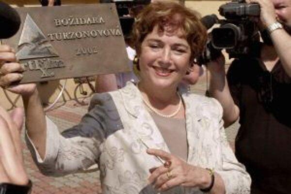 Božidara Turzonovová si v nedeľu prevezme v Novom Meste nad Váhom Kvet Tálie. V roku 2002 získala aj ocenenie filmového festivalu Art film Hercova misia.