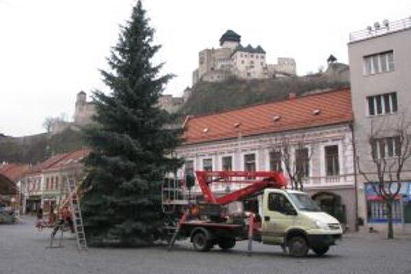 Stromček v Trenčíne rozsvietia v sobotu 5. decembra