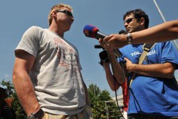 O Zlatý puk 2009 sa v piatok 7. augusta v košickej Steel Aréne budú uchádzať rovnako ako pred rokom aj Marián Hossa.