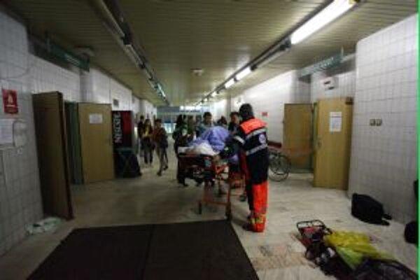 Zranených z Pohody, ktorých hostitalizovali v  trenčianskej nemocnici by mohli prepustit do konca týždňa. Dve ťažko zranené Trenčiansky sú v martinskej nemocnci, stav  jednej je veľmi vážny.
