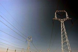 Muža zasiahol elektrický prúd.
