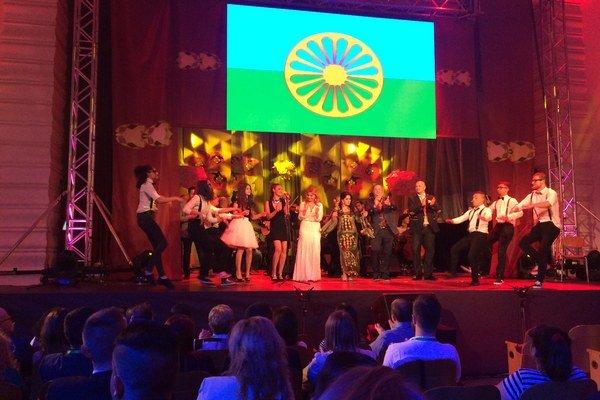 Galavečer Amaro Džives - Náš deň 2015 prebehol na Medzinárodný deň Rómov v Košiciach.