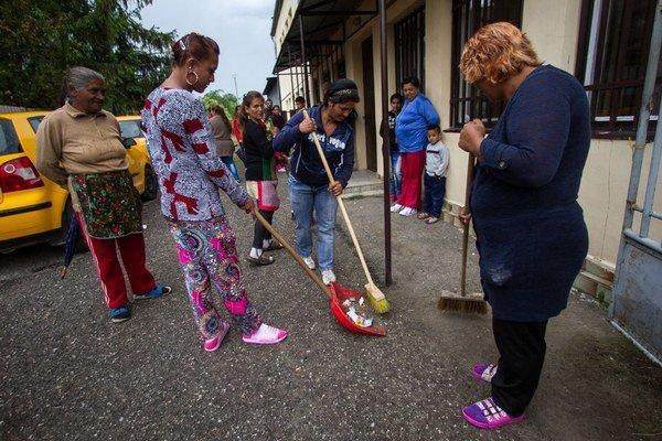 Niektorí starostovia veria, že u nich teraz bude čistejšie.