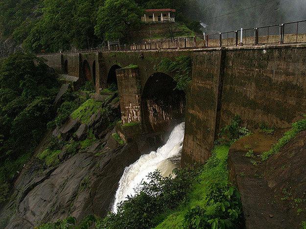 Posledný úsek vodopádov Dudhsagar