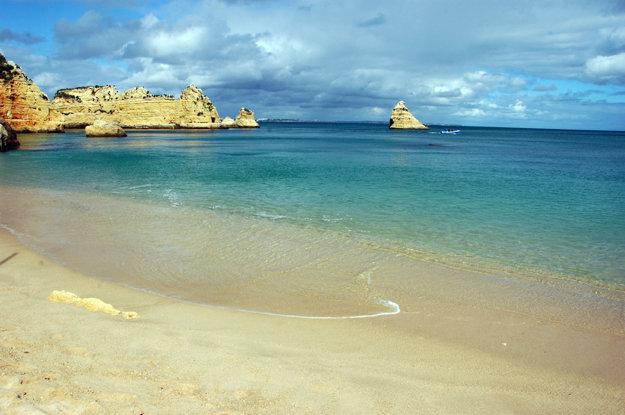 Portugalsko má vyše osemsto kilometrov pláží.