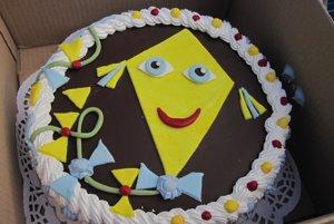 V tombole mohli súťažiaci vyhrať aj tortu so šarkanom.