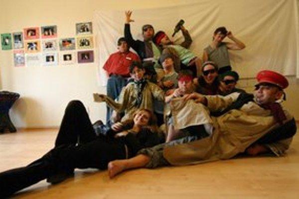 Herci z Divadla z Pasáže