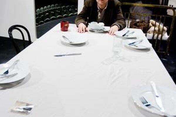 Roman Polák  pôsobil v Martine, Košiciach i  v Slovenskom národnom divadle,  zastával aj posty umeleckých šéfov. Medzi jeho úspechy patrí napríklad aj martinská inscenácia Dotyky a spojenia, ktorá získala na festivale v Edinburgu The Guardian Critics 'Cho