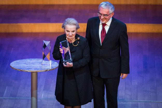 Madeleine Albrightová sa v Bratislave zúčastnila na bezpečnostnej konferencii GLOBSEC.