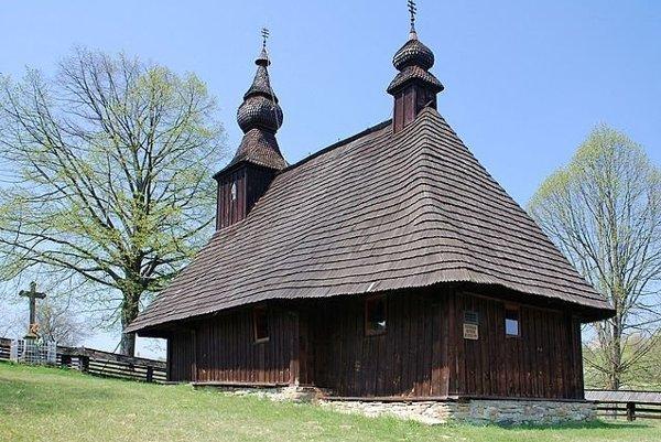 Drevený kostol v Hrabovej Roztoke.