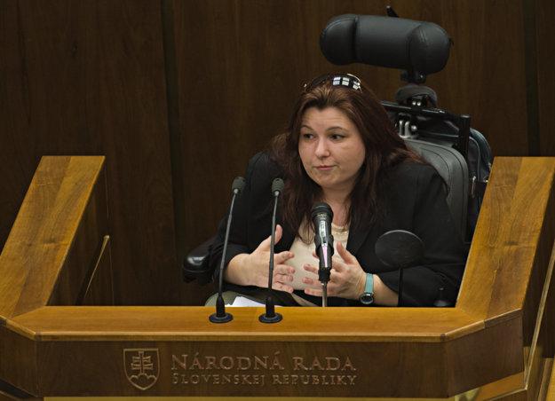 Silvia Petruchová háji záujmy hendikepovaných.