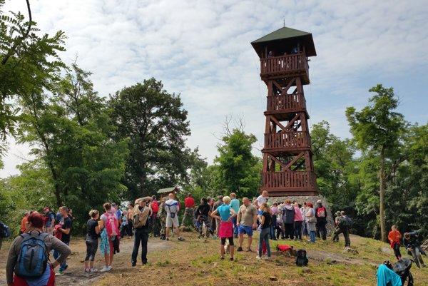 Rozhľadňa na Maginhrade nad Nižným Skálnikom meria 16,8 metra a vďaka výhľadom sa stala obľúbenou atrakcií v gemerskom regióne.
