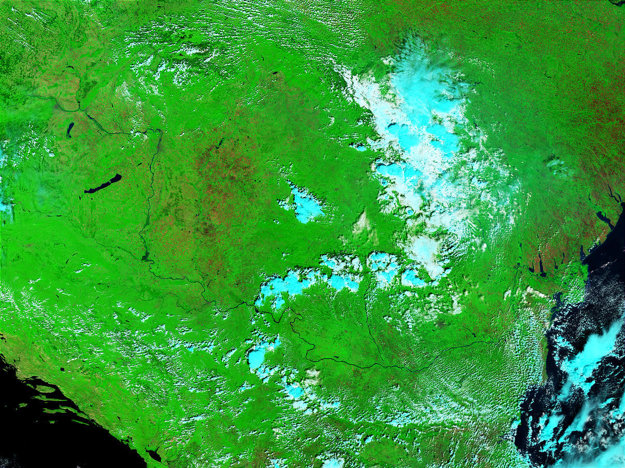 Rieka Dunaj v čase záplav v roku 2002.