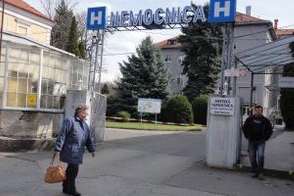 Mestská nemocnica len o vlas unikla veľkým problémom.