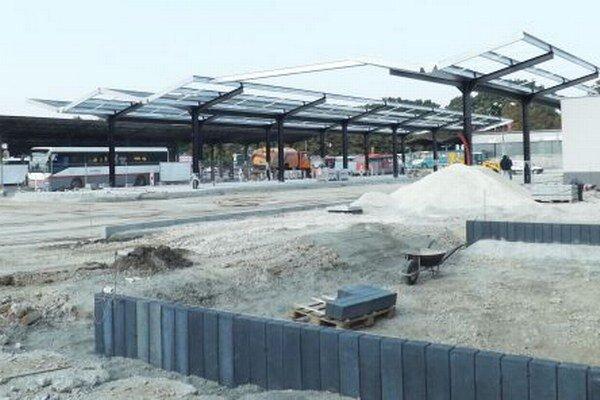 Prvá etapa modernizácie mala byť hotová na prelome mája a júna. Práce ukončia až v novembri.
