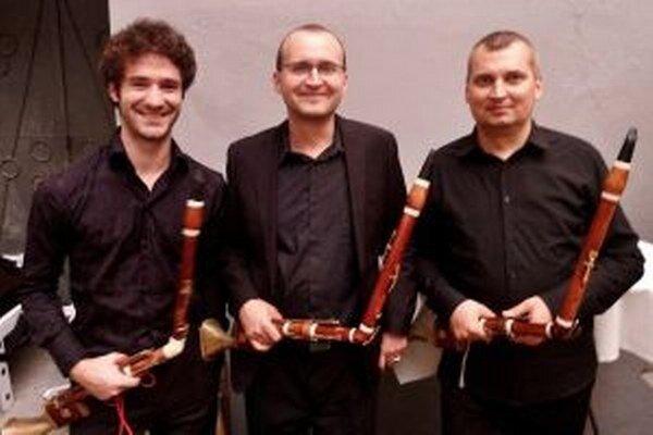 Lotz Trio.