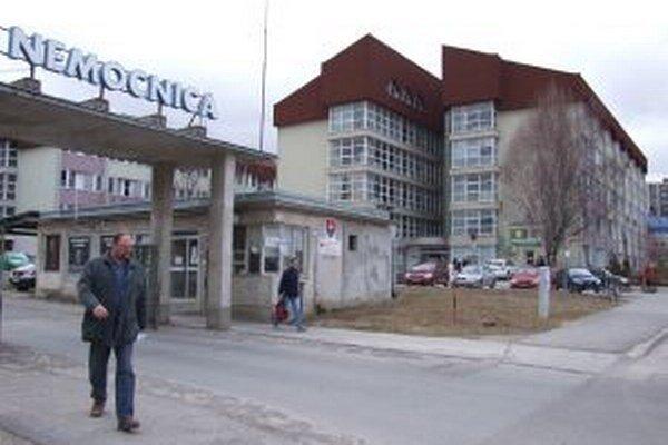 Žiarska nemocnica má od apríla nové vedenie.