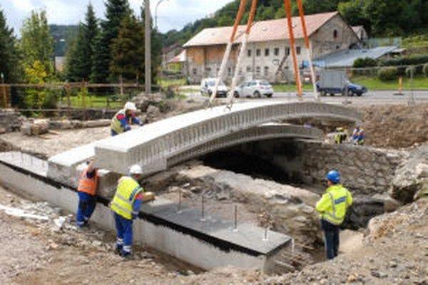 Takto historický most prekrývali železobetónovou konštrukciou.