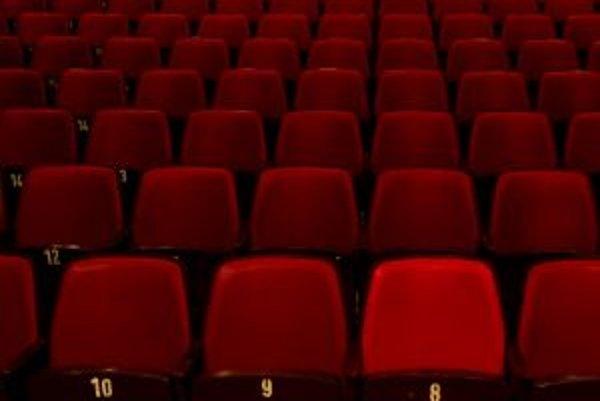 Divadelná sála Domu kultúry plnila v minulosti aj funkciu kina.