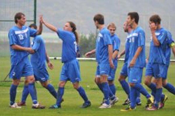Skvelý víkend predviedli futbalisti Pohronia.