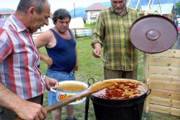 Sitnianska paškrta, spojená so zaujímavým hudobným programom, odštartuje pri Počúvadlianskom jazere 25. augusta.