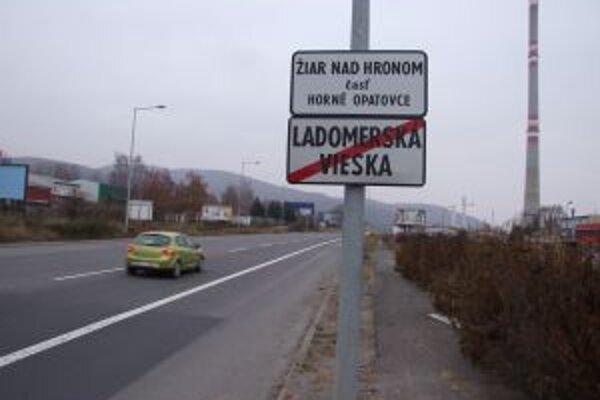 Nesprávne značenia na Priemyselnej ulici nahradili novými.