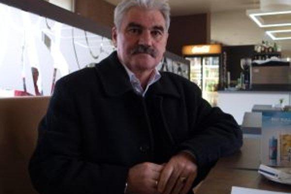 Takzvaný poslanecký badžet je v Žiari novinkou. S myšlienkou posilniť možnosť poslancov samostatne rozhodovať prišiel Emil Vozár.
