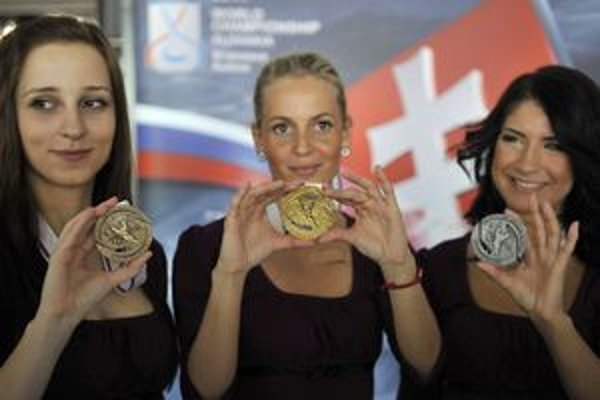 Medaily 19. apríla predstavili verejnosti.