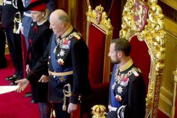 Nórsky kráľ s manželkou a synom.