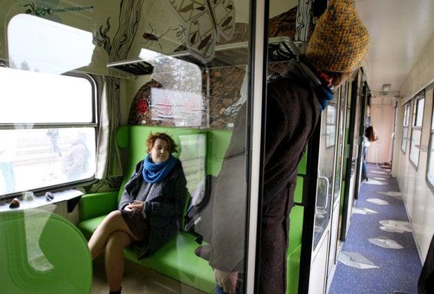 Detský vagón, ktorý navrhli študenti z Kremnice, už premáva.