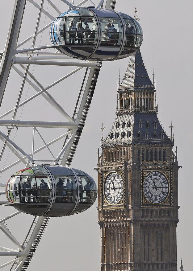 London Eye a Big Ben sú najznámejšie turistické atrakcie v Londýne.