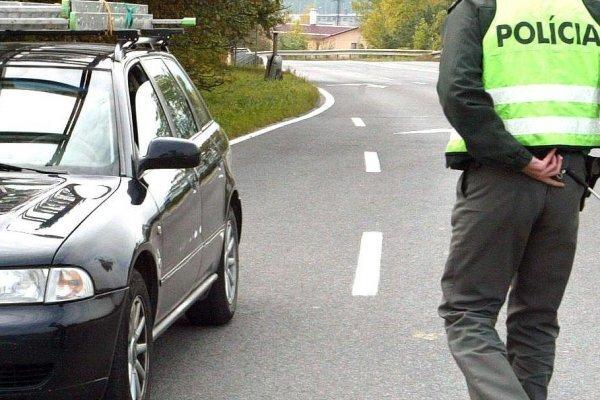 Policajti dnes kontrolujú v okrese Trenčín