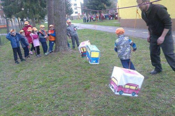 Deti strávili príjemný deň.