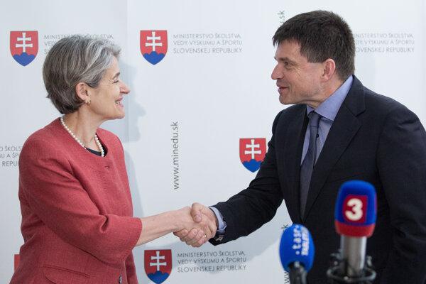 Minister školstva Peter Plavčan a generálna riaditeľka UNESCO Irina Boková.