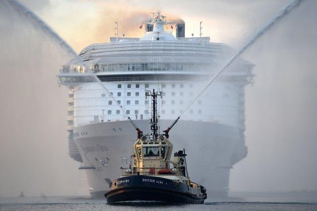 Najväčšia výletná loď Harmony of the Seas.