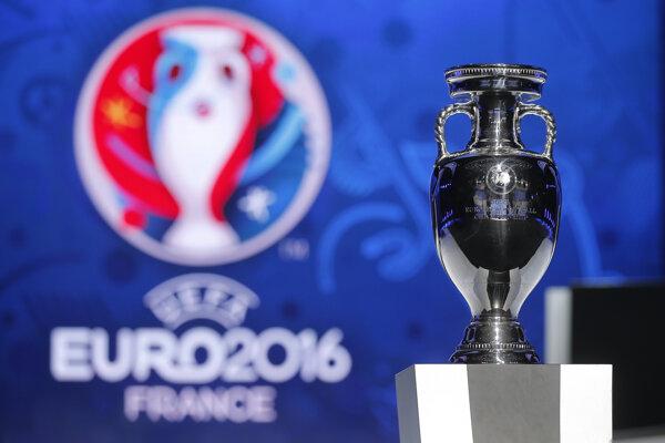 Pohár pre víťaza EURO2016.
