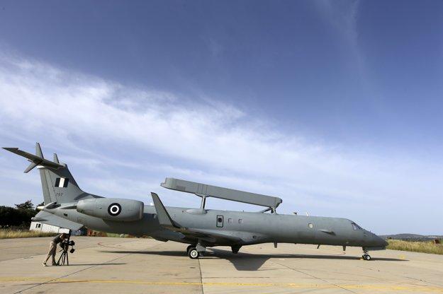 Po stratenom lietadle párta aj stroj EMB-145H AEW&C.