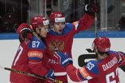Najlepší ruský útok sa tešil už zpätnástich gólov na MS – Vadim Šipačov (zľava), Arťomij Panarin aJevgenij Dadonov.